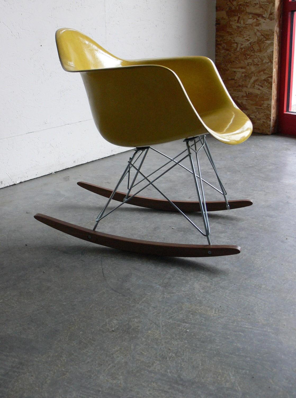 CoMods restored Eames rocker