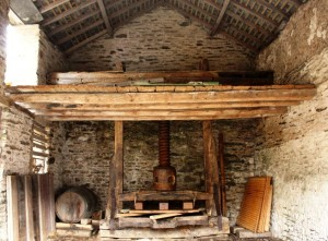 upcott-farm-apple-press