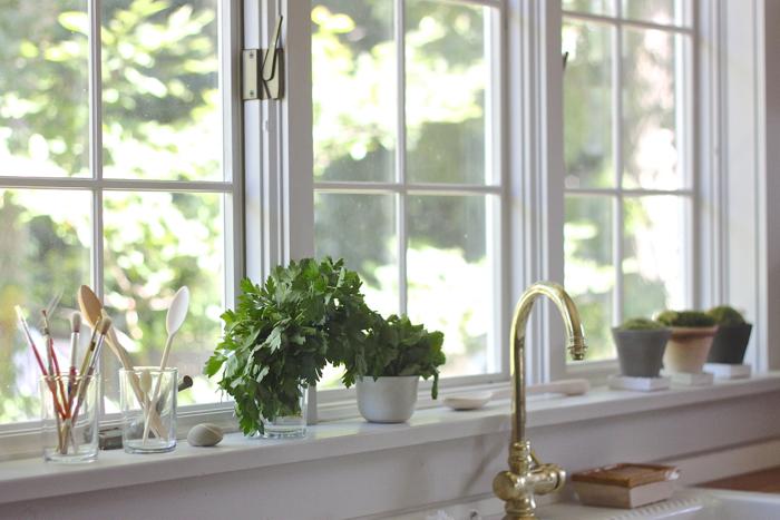 My kitchen window for Kitchen window decoration ideas