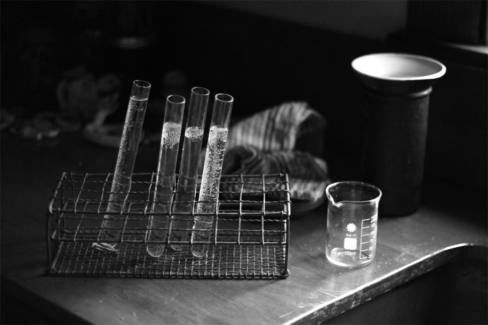 beakers black and white