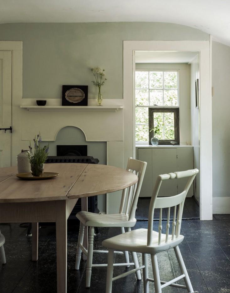 Justine-Hand-Cape-Cod-cottage-Matthew-Williams-Remodelista-7