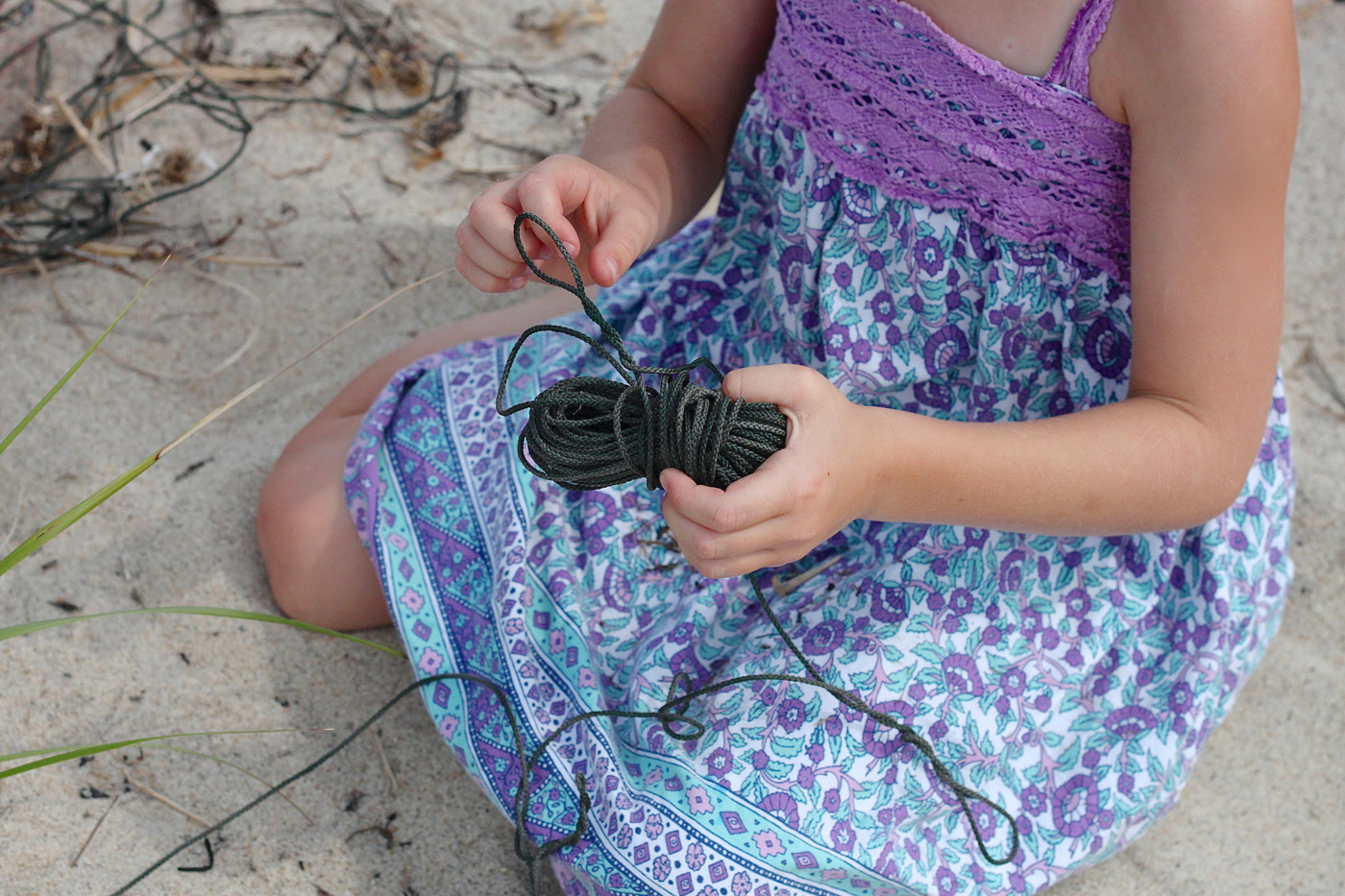 beach twine knits by Marnie Campbell, photo by Justine Hand. wrapping twine