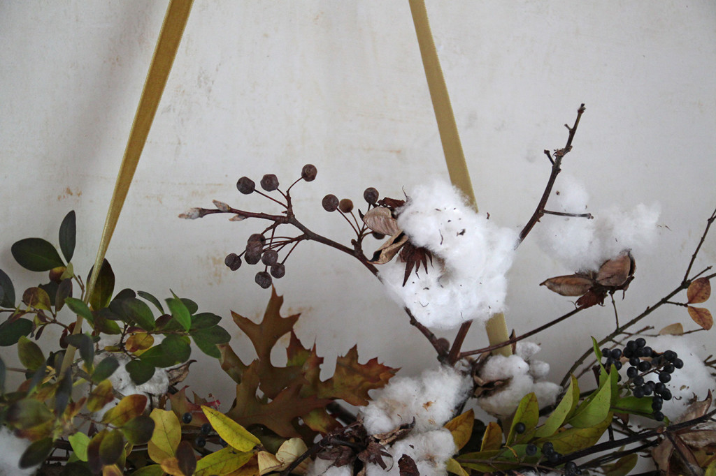 DIY Cotton Garland, detail 3, by Justine Hand for Gardenista