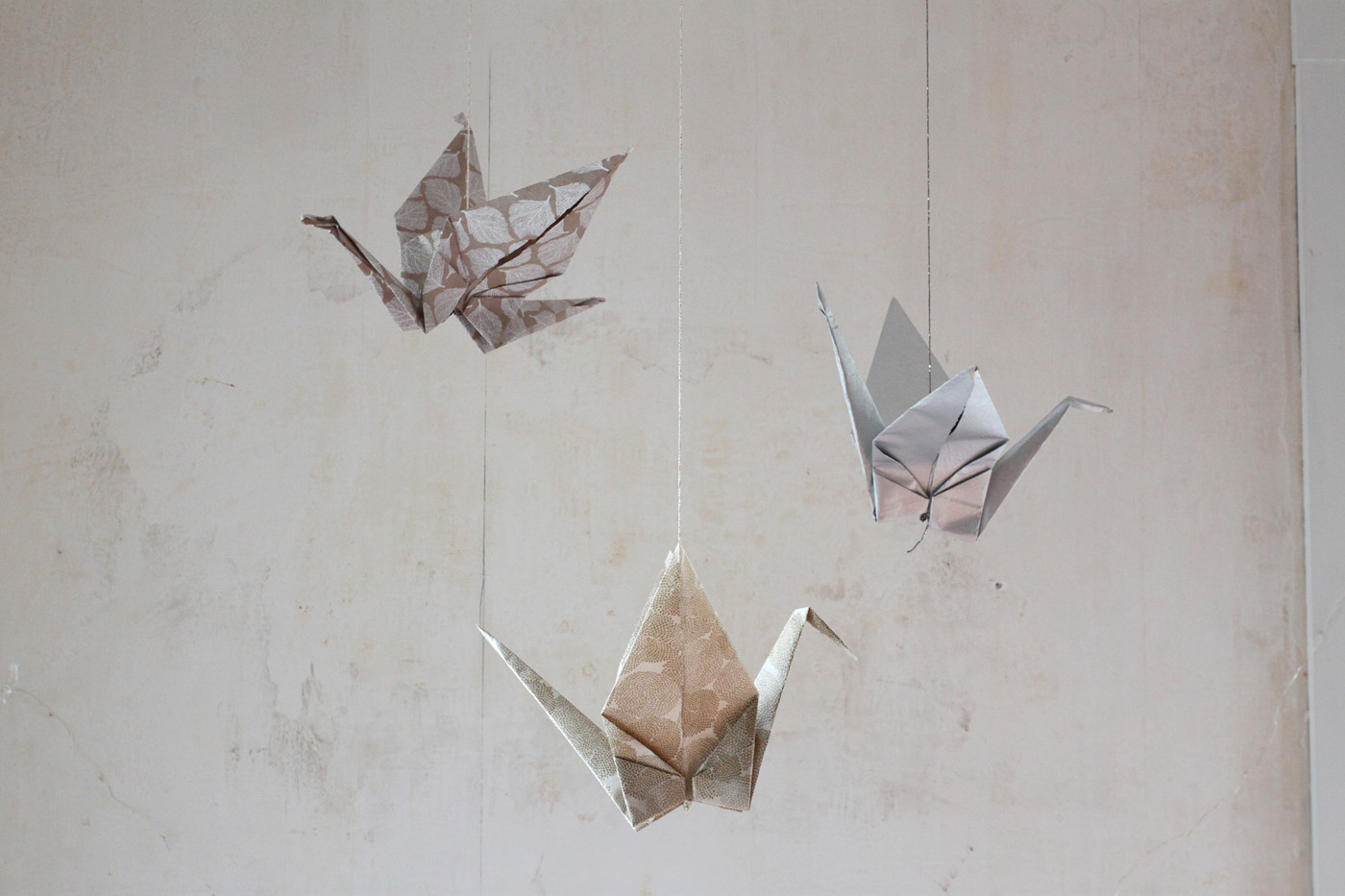 DIY large paper cranes, finished 1, by Justine Hand for Remodelista.jpg
