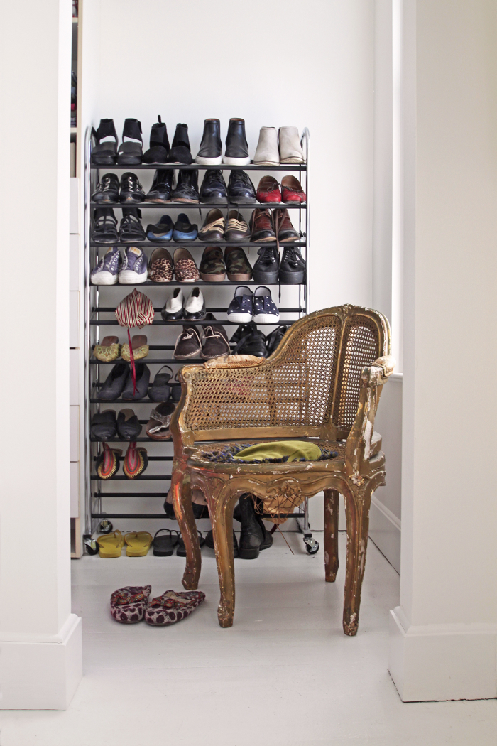 Jeffrey and Cheryl Katz Beacon Hill Home, closet, by Justine Hand for Remodelista_edited-2