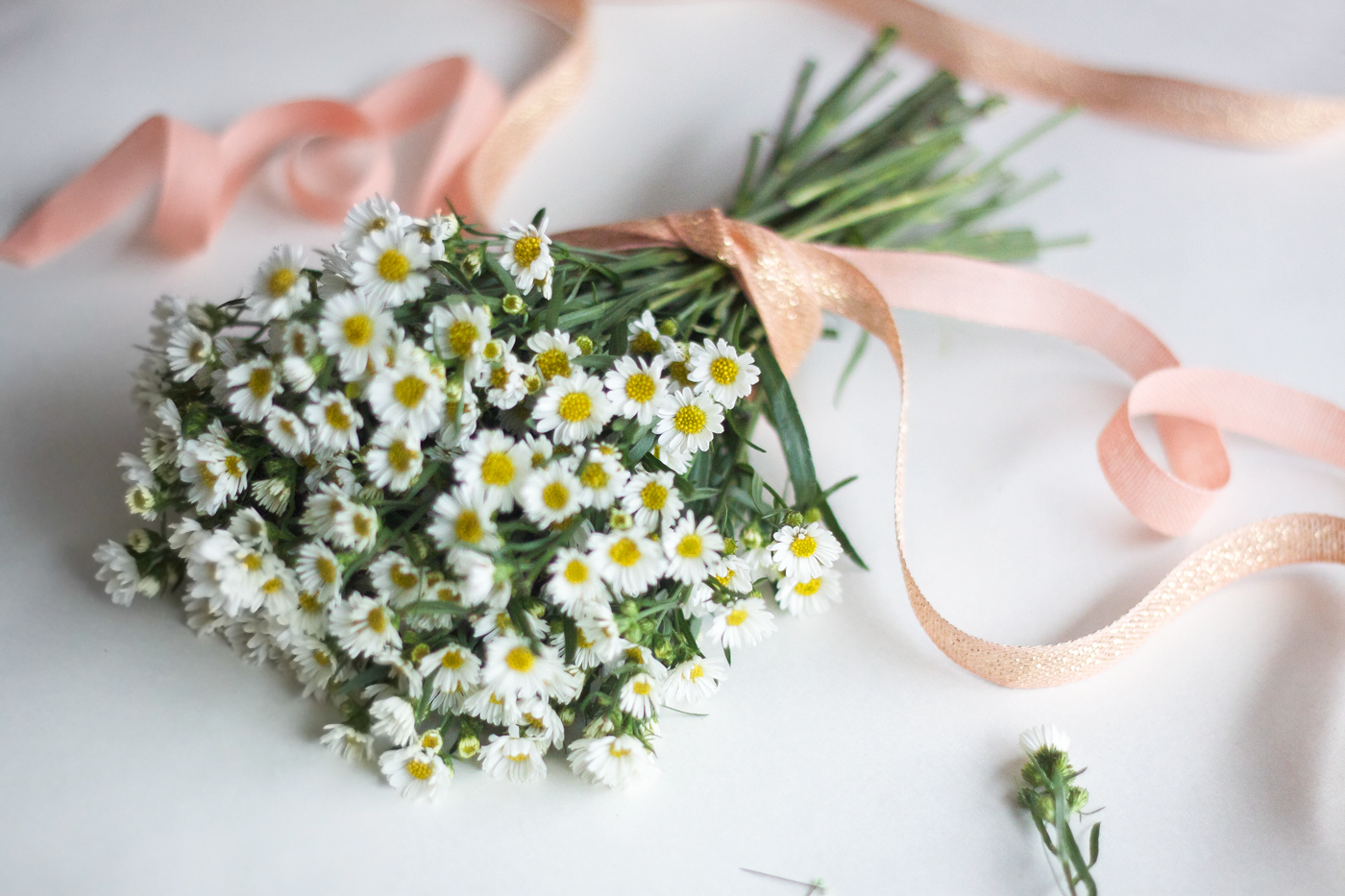 simple posy with Studio Carta ribbon, tying ribbons 2, by Justine Hand_edited-1